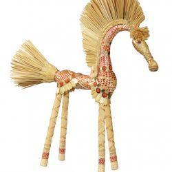 Лошадка из соломки