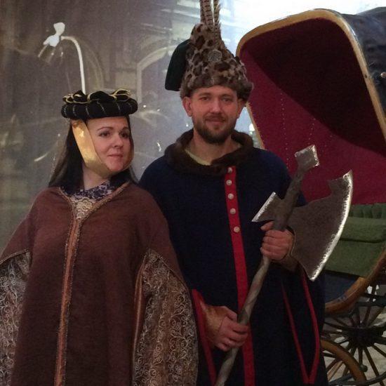 Покат рыцарьских доспехов и шляхетного костюма