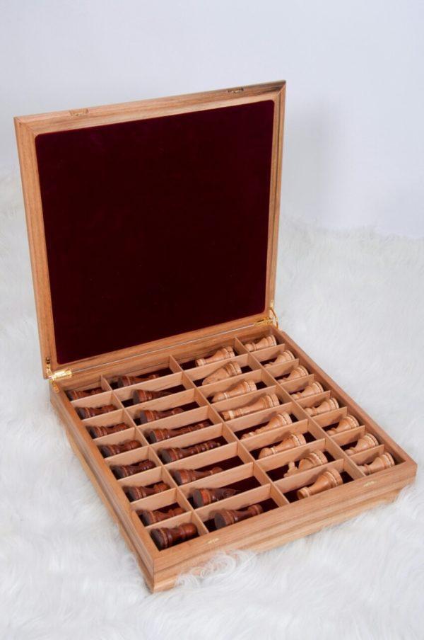 Шахматы, инкрустированные деревянной сканью