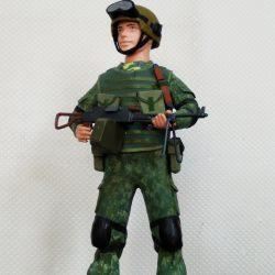 Офицер-пограничник в комуфляже