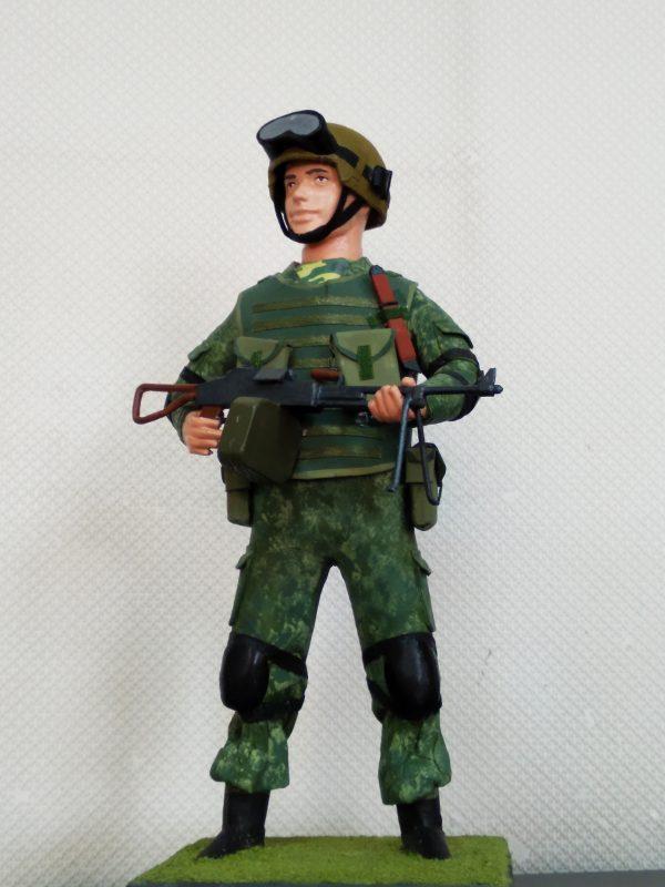Офицер-пограничник в комуфляже (Копировать)