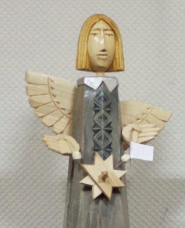 Ангел деревянный в сером