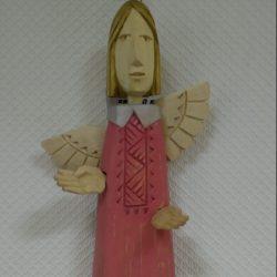 Ангел деревянный в красном