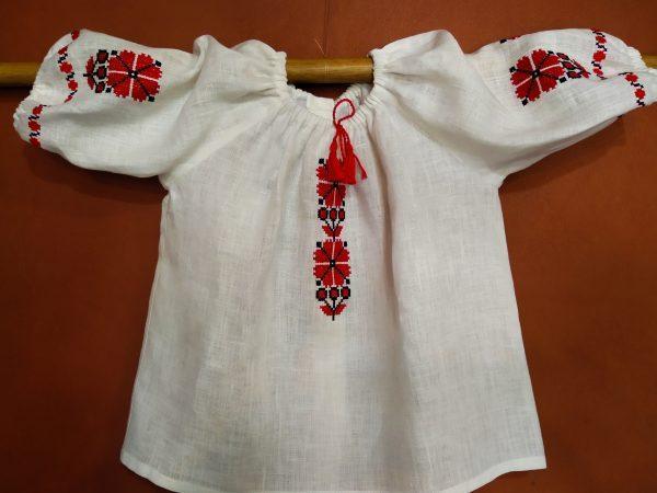 Блузка-вышиванка для девочки №2
