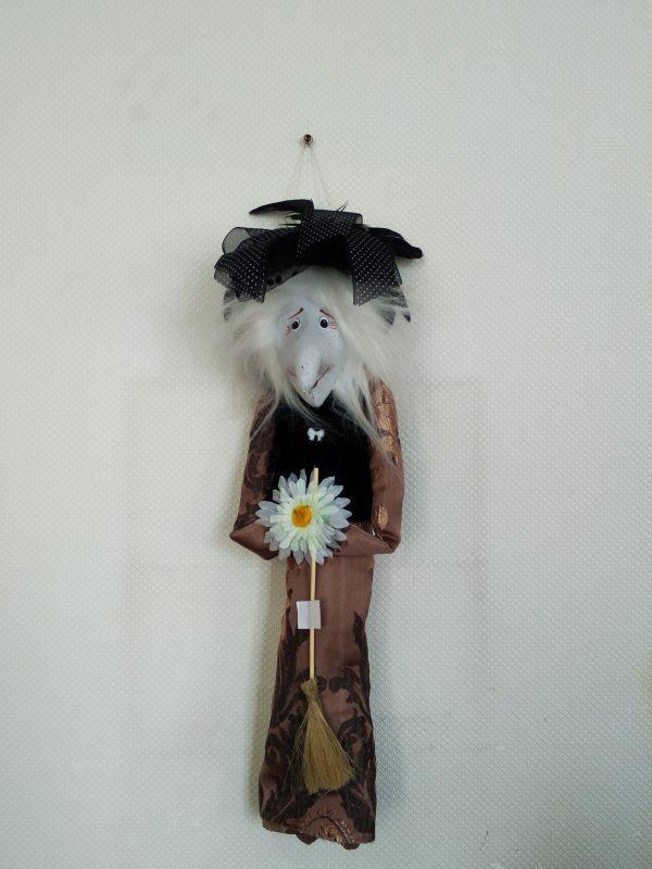 Баба Яга - гадалка
