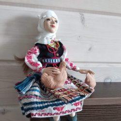"Кукла ""Паненка с курочкой"""