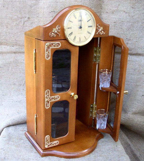 Бар-часы (Гомельская скань)