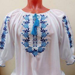 """Вышиванка. Женская блузка с вышивкой """"Голубые розы"""""""