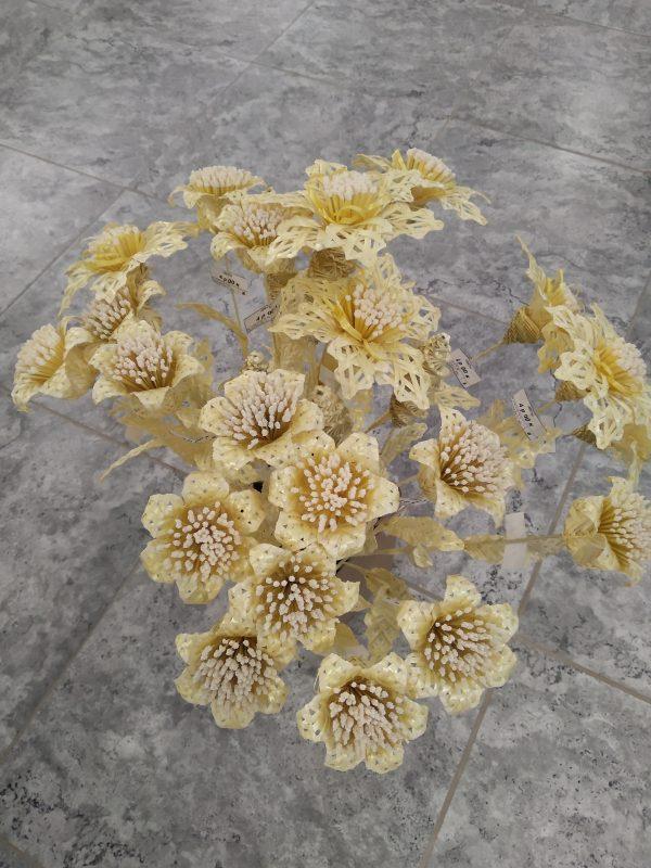 Цветы соломенные
