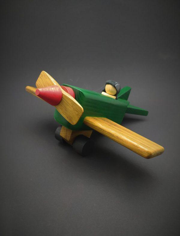 Самолет (экологическая игрушка)