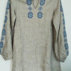 Платье на 5-6 лет льняное с вышивкой