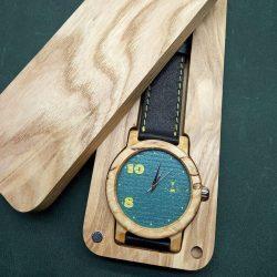 Наручные авторские  часы К025