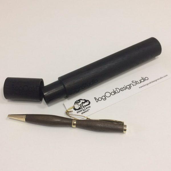 Ручка шариковая в упаковке из мореного дуба