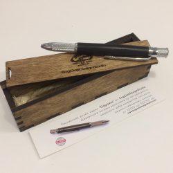 Ручка в корпусе из реликтового мореного дуба