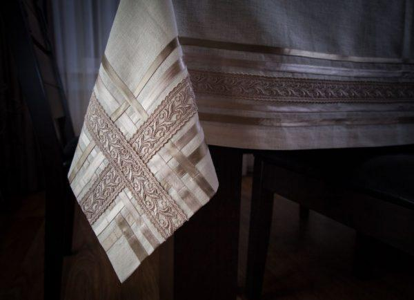 Скатерть с салфетками (столовый набор)