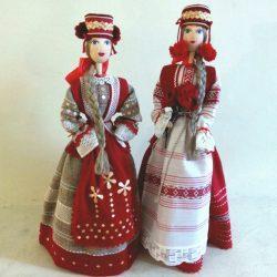 Кукла в белорусском праздничном костюме